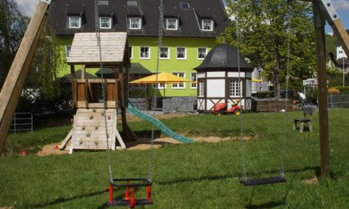 Haus Thal in Overath – Restaurant, Biergarten mit Spielplatz